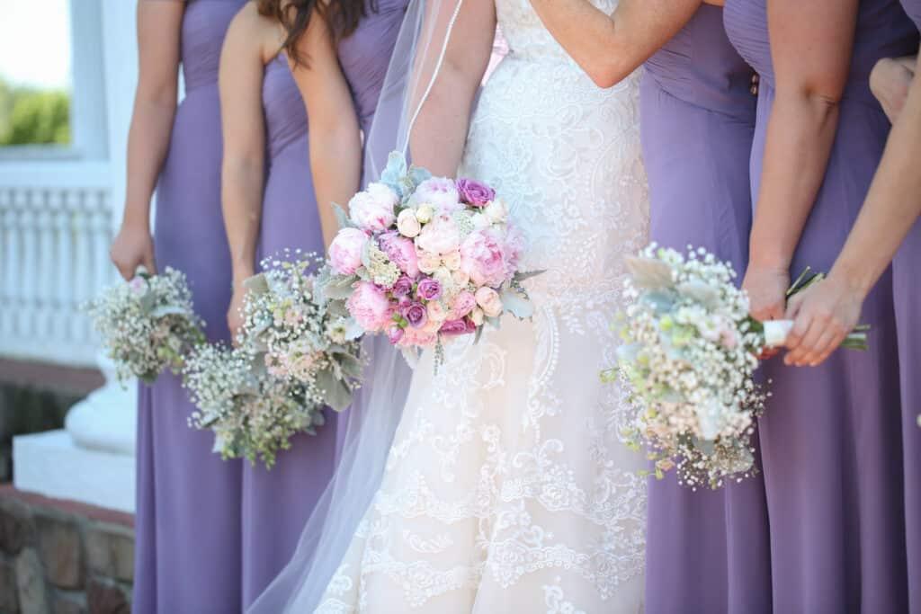 2018 Wedding Floral Forecast – Entwined Events | Florals: Bella Rose Floral & Designs | Photo Credit: Allison Elizabeth Photography