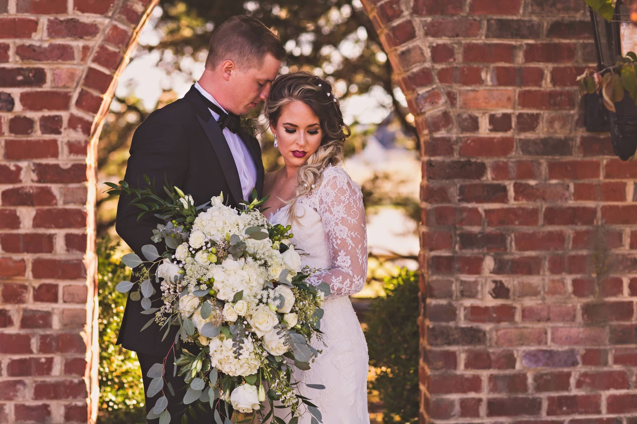 Selecting Your Virginia Wedding Venue | Entwined Events | Venue: West Manor Estate in Forest, VA | Photo Credit: Megan Vaughan Photography