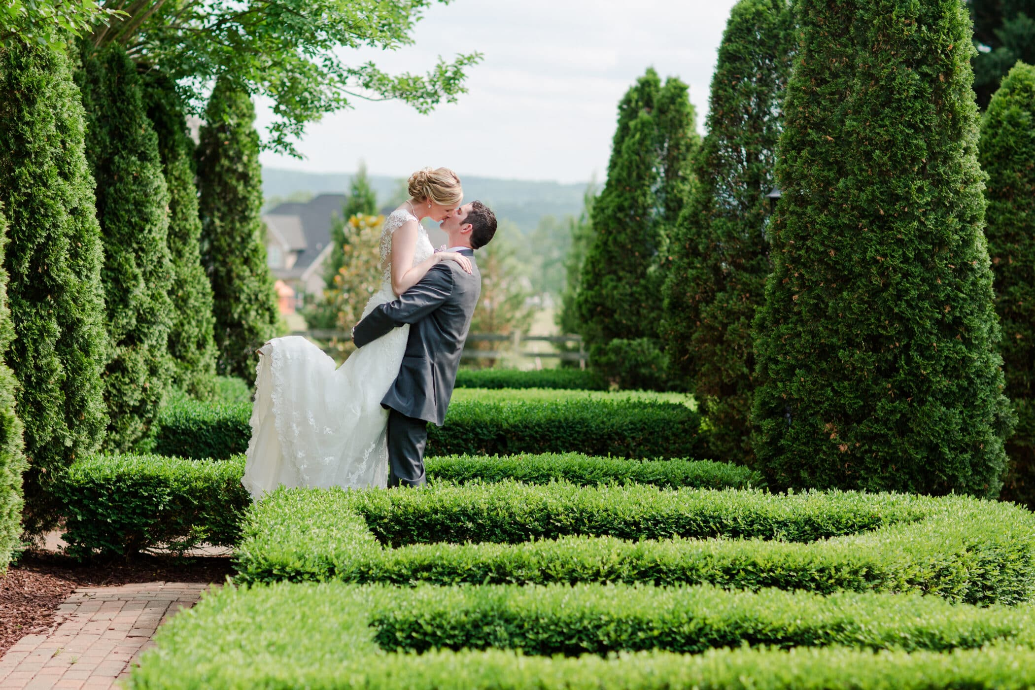 Selecting Your Virginia Wedding Venue | Entwined Events | Venue: West Manor Estate in Forest, VA | Photo Credit: Ashley & Tyler Harrinton Photography